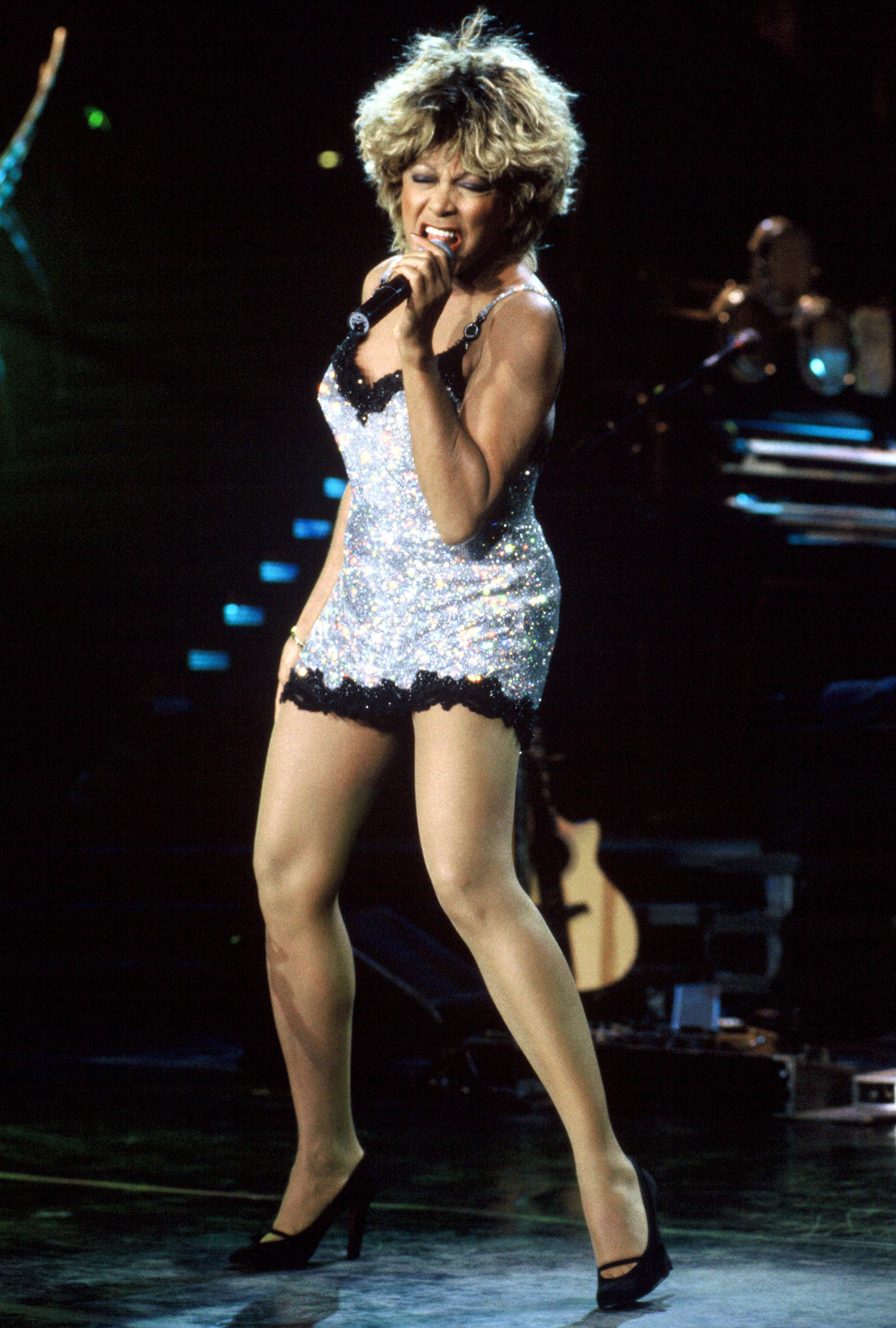 MOUNTAIN VIEW, CA - MAY 23: Tina Turner performs at Shoreline Amphitheatre on May 23, 1997 in Mountain View California. (Photo by Tim Mosenfelder/Getty Images)